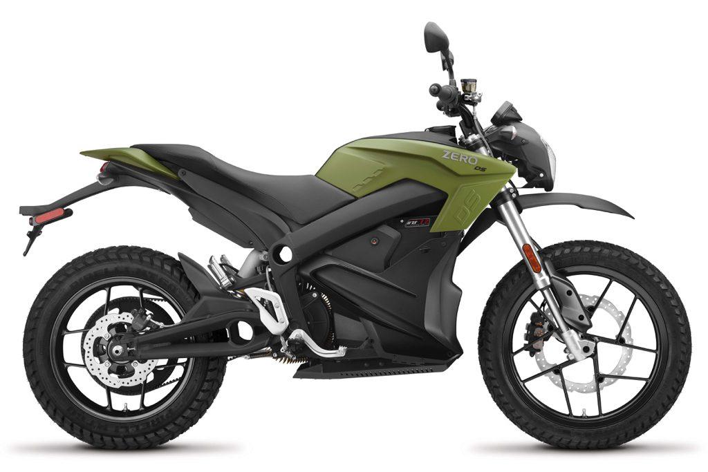 Zero DS 2018 är on/offroad-versionen där DS står för Dual Sport – för grus och asfalt. Nu med integrerad 6 kW snabbladdare som tillval.