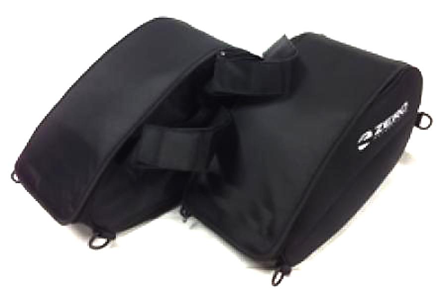 Mjuka sadelväskor med regnskydd – 1 995 kr. Passar alla Zero-modeller och är lätt att lyfta av med enkla snabbfästen.