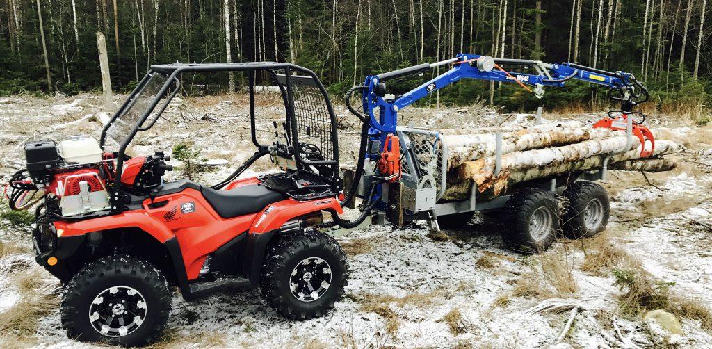 Mickes Motor och Qvennes Skog och maskin inleder ett givande samarbete inom ATV.