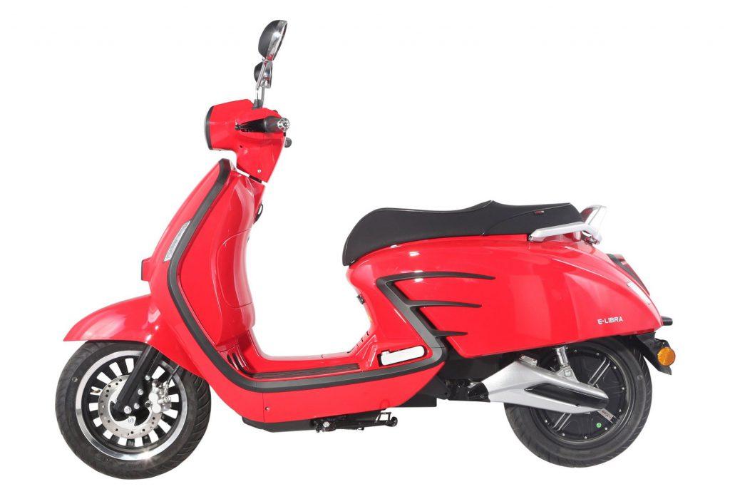 MotoCR E-Libra – en eldriven skoter utöver det vanliga!