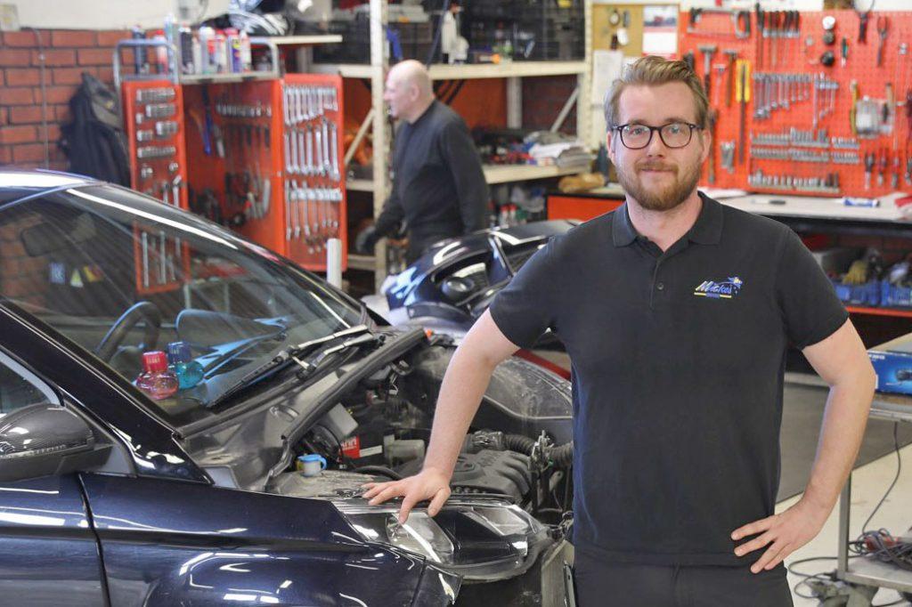 Patrik Frantz, verkstadschef på Mickes Motor i Växjö.